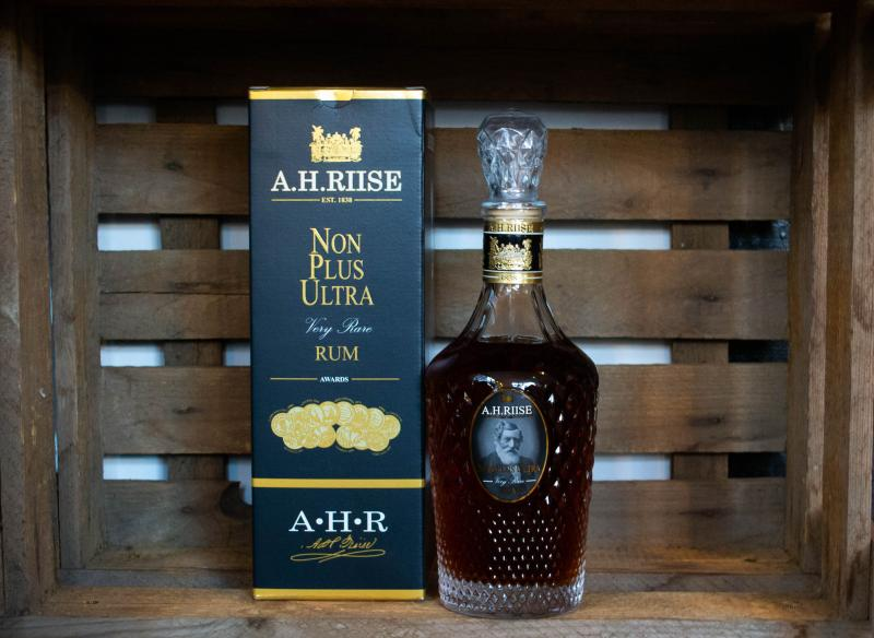 A.H. Riise Non Plus Ultra 42.0%